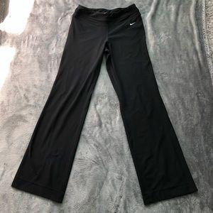 Black athletic pants size M
